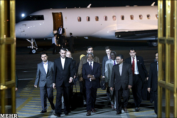 27-Kofi Annan visits Iran